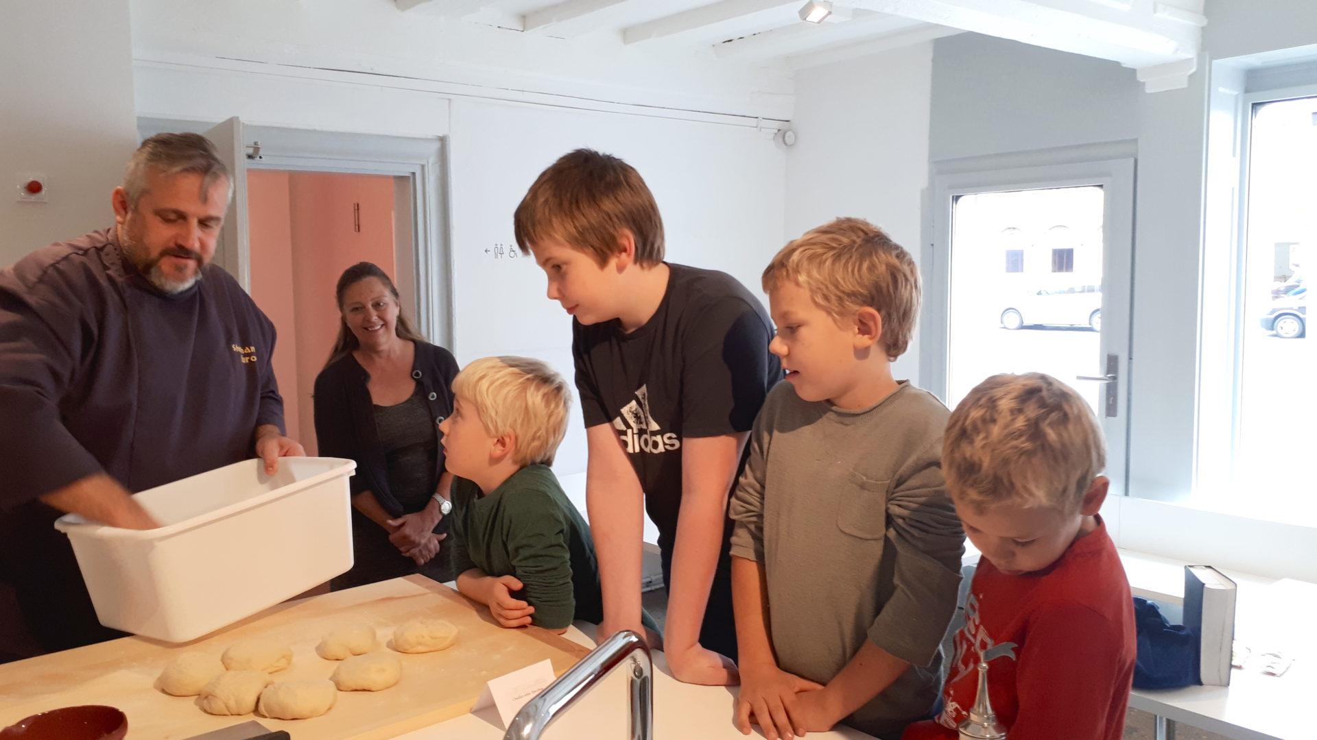 Backworkshop für Kinder im Jüdischen Museum Franken in Fürth.