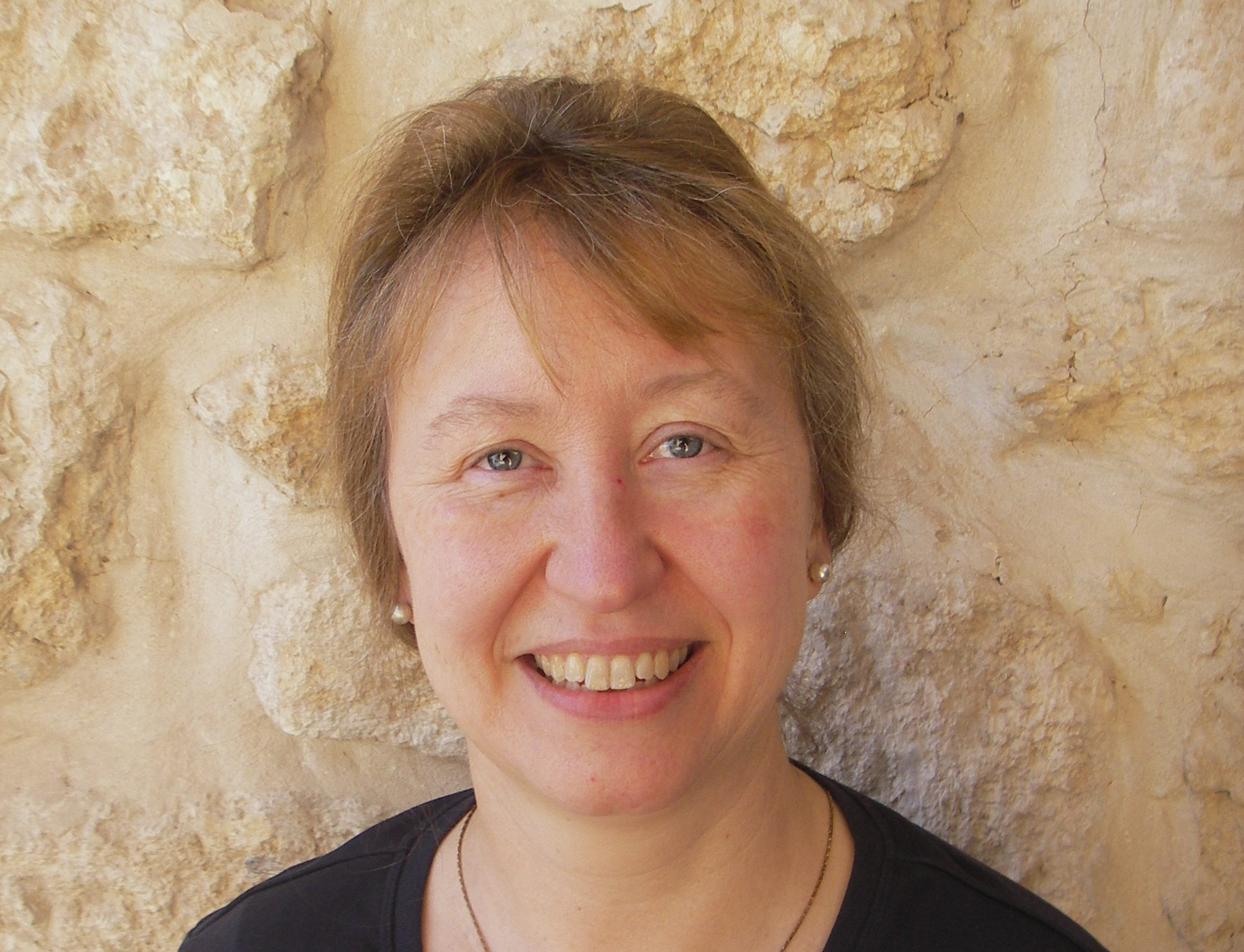 Portraitfoto von Rabbinerin Dr. Antje Deusel. ©Deusel.