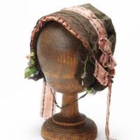 Frauenhaube im Jüdischem Museum Franken in Schnaittach.