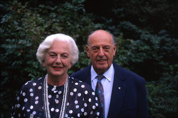 Suzanne und Werner Gundelfinger haben eine der wichtigsten Sammlungen im Jüdischen Museum Franken in Fürth gestiftet.